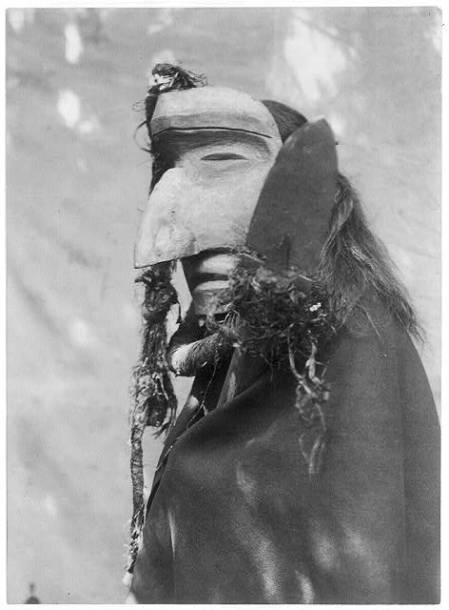 http://www.loc.gov/pictures/resource/cph.3b00183/?co=ecur. Nuhlimahla--Qagyuhl,  c1914 November 13, Curtis, Edward S., 1868-1952