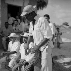 ©-Marcel-Gautherot-Tocadores-do-Tambor-de-Crioula-–-Cururupu-Maranhão-1958